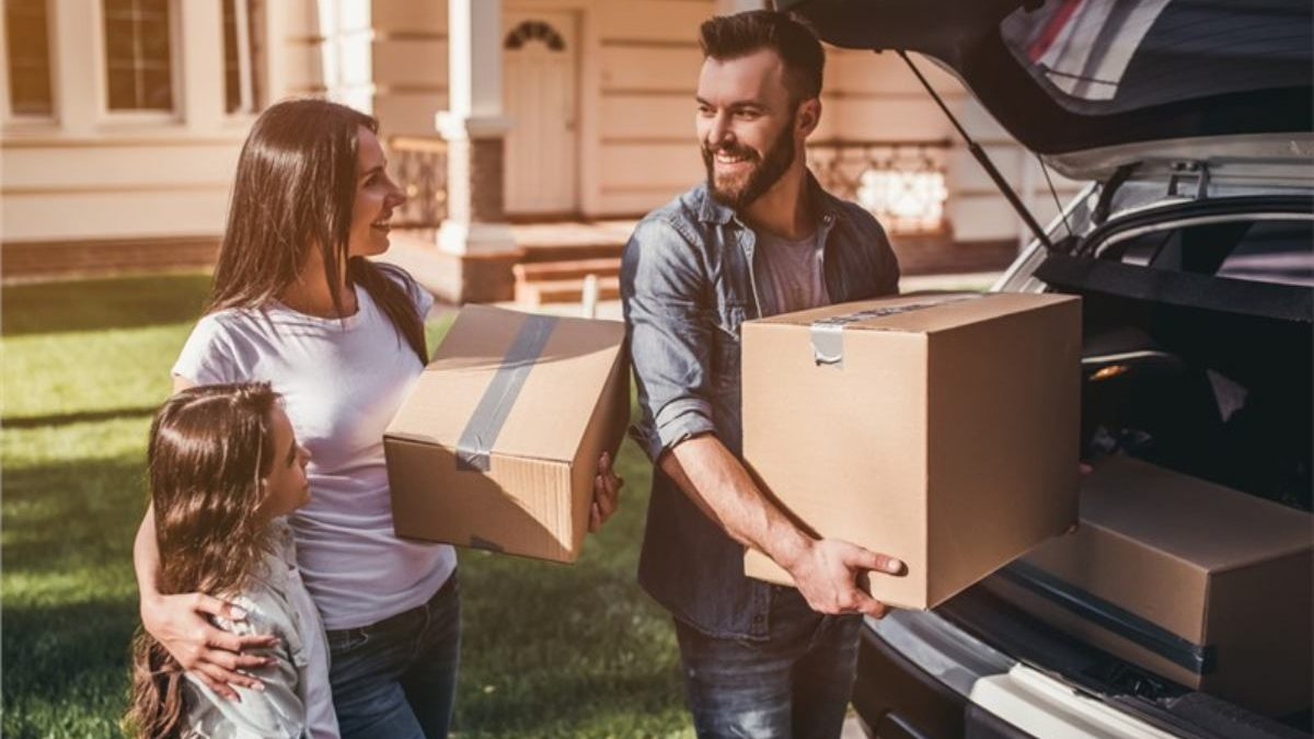 The Items You Should Not Pack on a Moving Truck!